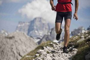 Imagen individuo corriendo en una situación de altitud para el txt noticias de hipoxia